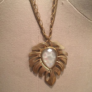 Multi chain iridescent palm leaf necklace gold